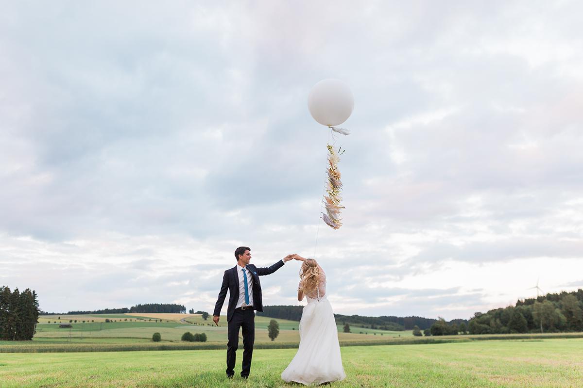 Scheune Hochzeit Bayern Hochzeitsfotograf Bavaria Wedding Photographer (8)