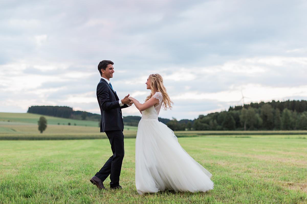 Scheune Hochzeit Bayern Hochzeitsfotograf Bavaria Wedding Photographer (2)