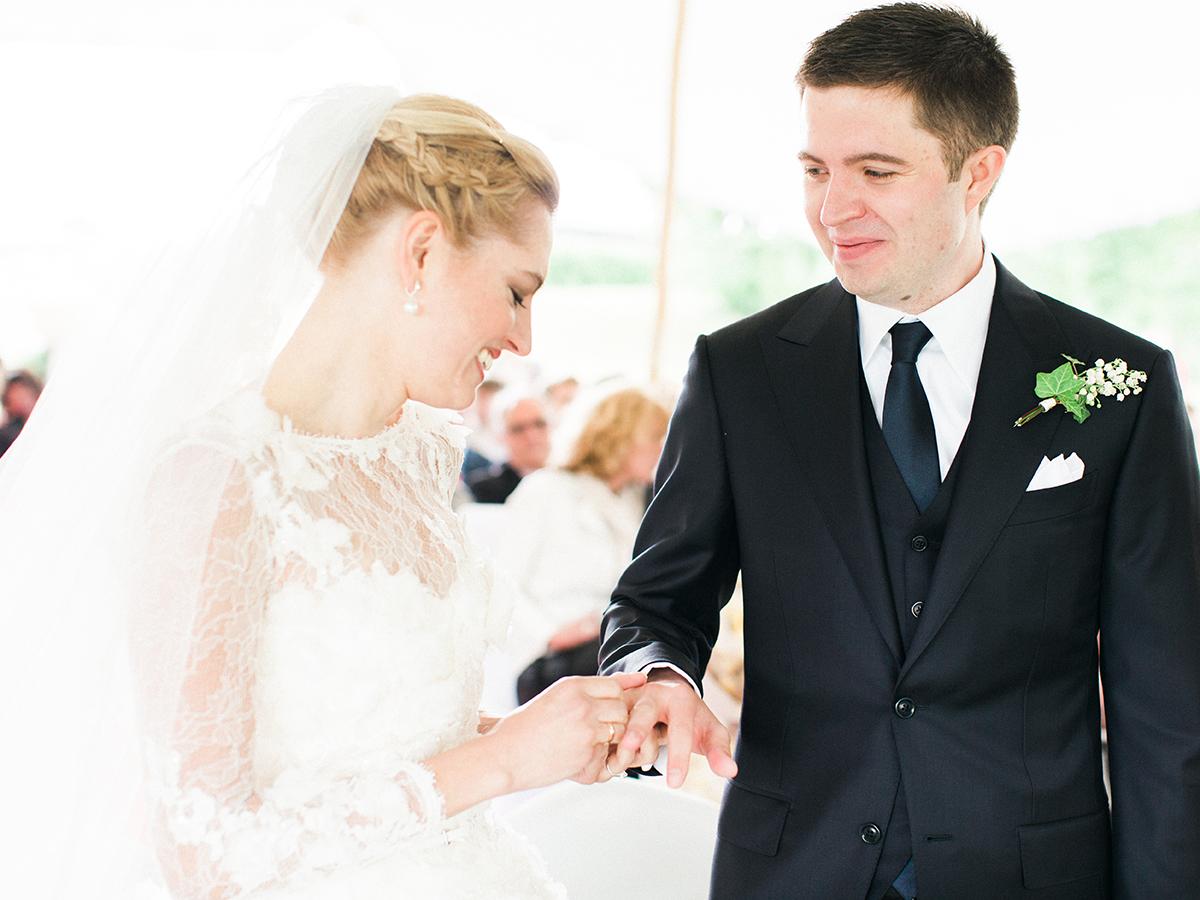 Landgut Stober Hochzeit | Fine Art Film Wedding Photography by Ashley Ludaescher (19)