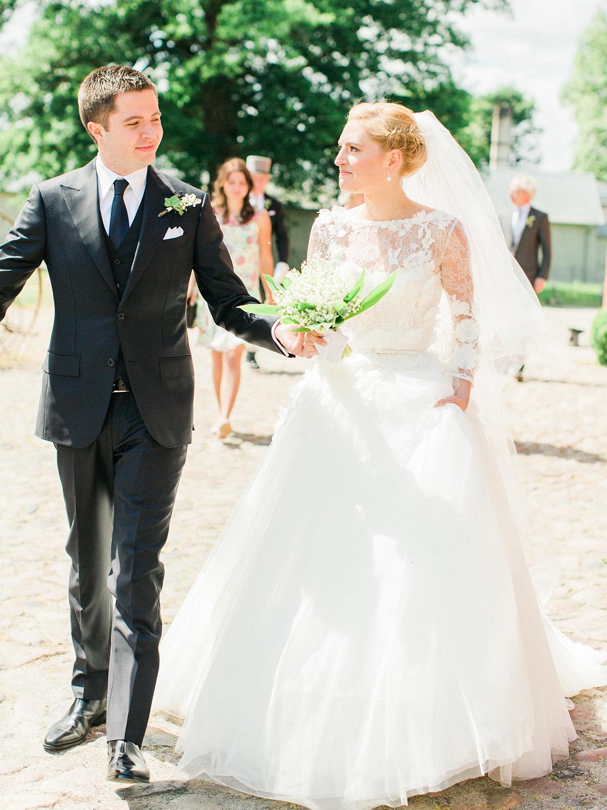 Landgut Stober Hochzeit | Fine Art Film Wedding Photography by Ashley Ludaescher (21)