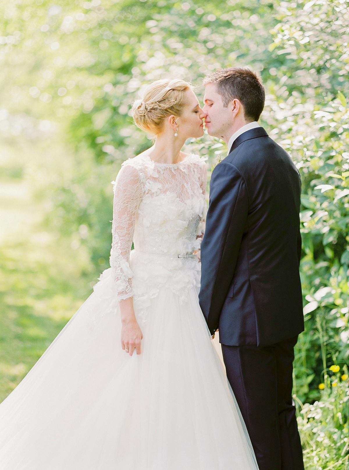 Landgut Stober Hochzeit | Fine Art Film Wedding Photography by Ashley Ludaescher (34)