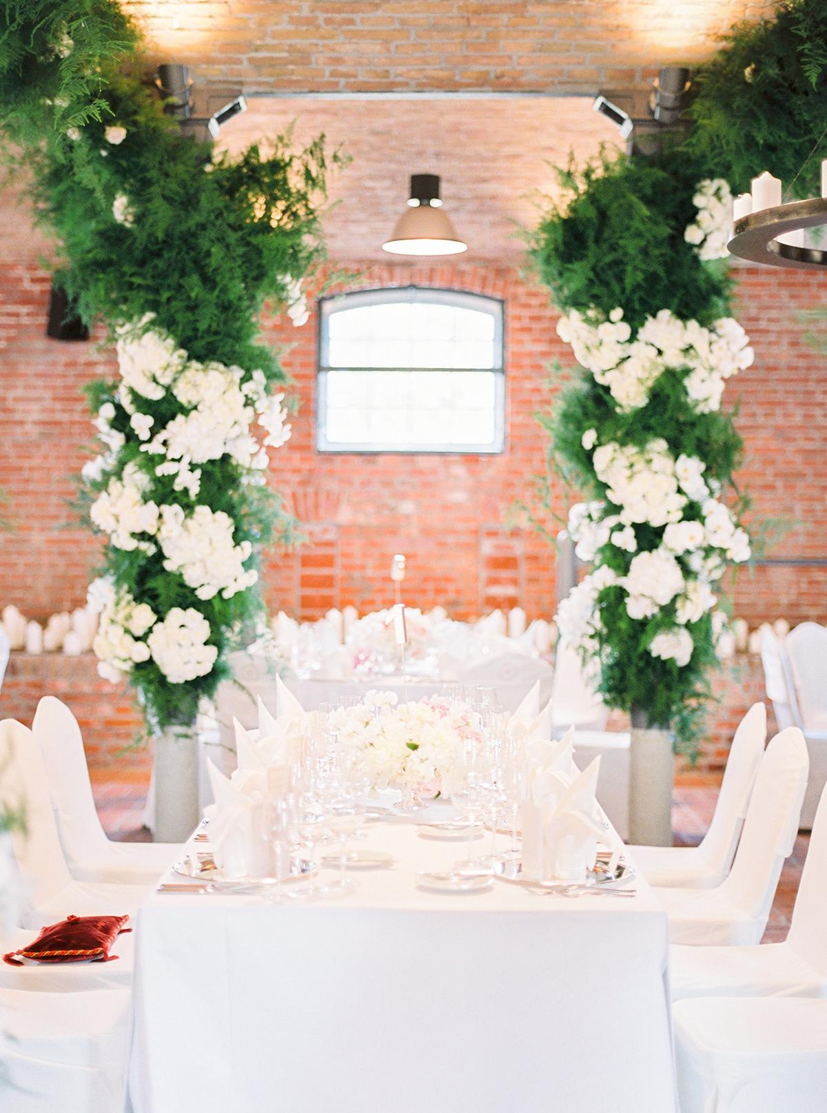 Landgut Stober Hochzeit | Fine Art Film Wedding Photography by Ashley Ludaescher (39)
