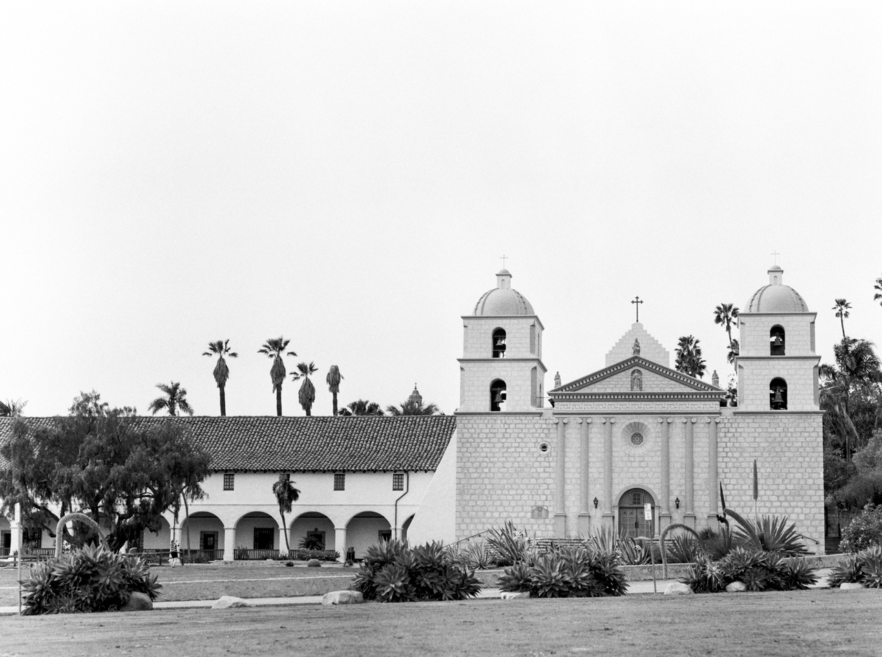 Santa Barbara Mission Wedding Photographer