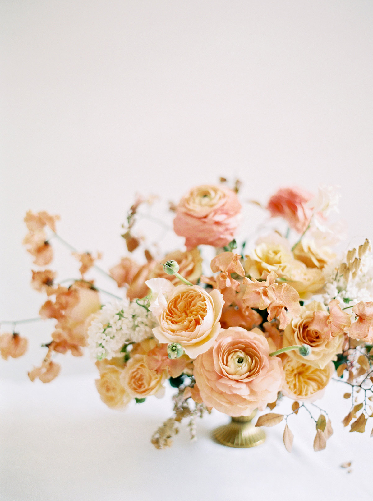 Rose Gold And Peach Minimalist Wedding Inspiration